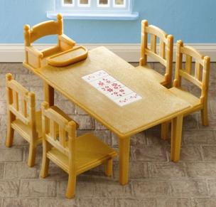 Family Dining Table & Baby Chair